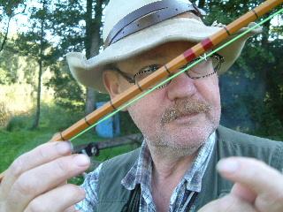 Bengt Förleder gärna ALLA människor ut i naturen och får dem att känna sig trygga där. Rör sig oftast till kanots eller till fots.